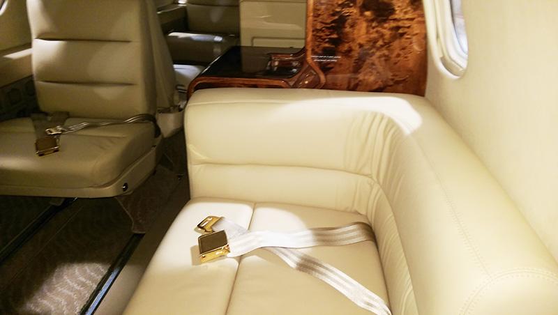 Lear-35-1-Interior-4